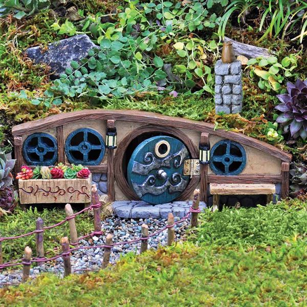 Fiddlehead Fairy Gardens- Mulberry Burrow