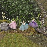 Fiddlehead Fairy Gardens- Clothes Line